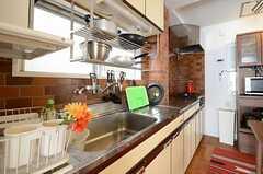 キッチンの様子。(2012-11-21,共用部,KITCHEN,3F)