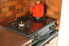 ガスコンロは2口です。(2012-11-21,共用部,KITCHEN,3F)