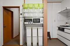 キッチン収納棚の様子。(2014-10-23,共用部,KITCHEN,1F)