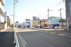 地下鉄グリーンライン・高田駅からシェアハウスへ向かう道の様子。(2015-12-01,共用部,ENVIRONMENT,1F)