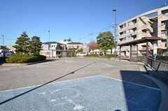 地下鉄グリーンライン・高田駅前のバスロータリー。(2015-12-01,共用部,ENVIRONMENT,1F)