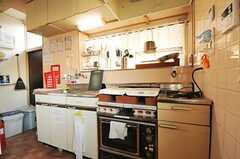 キッチンの様子。(2012-12-11,共用部,KITCHEN,1F)