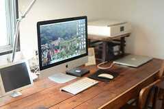 Macのほか周辺機器もそろっています。(2014-09-16,共用部,PC,1F)