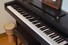 ローランドの電子ピアノ。(2013-09-16,共用部,OTHER,1F)