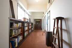 廊下の様子。(2014-09-16,共用部,OTHER,3F)