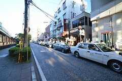 JR根岸線・石川町駅周辺の様子。(2015-10-08,共用部,ENVIRONMENT,1F)