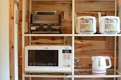 キッチン家電の様子。(2016-04-07,共用部,LIVINGROOM,1F)