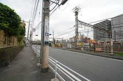 京急本線・花月園前駅前の様子。(2015-10-05,共用部,ENVIRONMENT,1F)