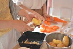イベント「鹿カレーを食べよう!」の様子3。 ※事業者様提供素材(2016-05-12,共用部,PARTY,1F)