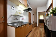 キッチンの様子2。IHヒーターが設置予定です。(2017-05-17,共用部,KITCHEN,1F)