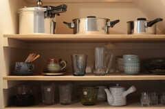 食器類も豊富です。(2011-10-20,共用部,KITCHEN,1F)