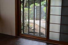 小窓付きです。(102号室)(2011-10-20,専有部,ROOM,1F)