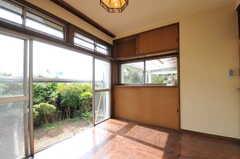 専有部の様子3。ウッドデッキのテラス脇の専有部です。(106号室)(2011-10-20,専有部,ROOM,1F)