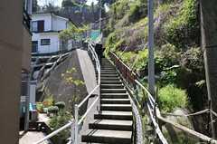 京急線・汐入駅からシェアハウスへ向かう道の様子。(2012-04-24,共用部,ENVIRONMENT,1F)