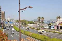 京急線・汐入駅近くの公園には、軍艦がとまっています(2012-04-24,共用部,ENVIRONMENT,1F)
