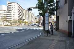 最寄りのバス停。(2015-02-16,共用部,ENVIRONMENT,1F)
