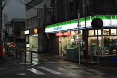 京急本線・県立大学駅周辺の様子。(2017-10-13,共用部,ENVIRONMENT,1F)
