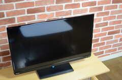 共用TVの様子。(2013-11-26,共用部,TV,1F)
