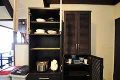 食器棚の様子。(2012-05-29,共用部,KITCHEN,1F)