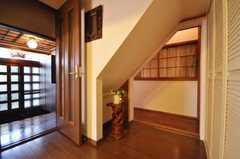 内部から見た玄関周りの様子。(2009-12-18,共用部,OTHER,1F)