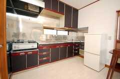 専有部の様子2。専用キッチン付き。(204号室)(2008-12-12,専有部,ROOM,2F)