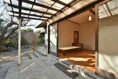 テラスは屋根付きです。(A101号室)(2021-01-07,専有部,ROOM,1F)