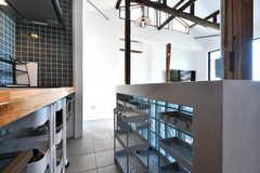 部屋ごとに食材などを収納できるワゴン。(2020-06-26,共用部,KITCHEN,1F)