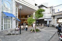 京急線・横須賀中央駅の様子2。横須賀モアーズシティが隣接しています。(2020-06-26,共用部,ENVIRONMENT,1F)