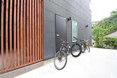 駐輪場の様子。(2016-05-26,共用部,GARAGE,1F)