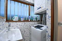 洗濯機と乾燥機が設置されています。(2017-01-10,共用部,LAUNDRY,1F)