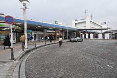 JR横須賀線・逗子駅周辺の様子。(2016-10-25,共用部,ENVIRONMENT,1F)