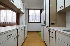 キッチンの様子2。(2012-08-20,共用部,KITCHEN,2F)
