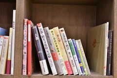 京都がテーマの棚。その場で購入もできます。(2017-03-07,共用部,OTHER,2F)