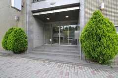 建物のエントランス。(2012-05-07,周辺環境,ENTRANCE,1F)