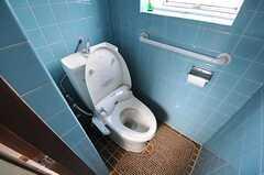 ウォシュレット付きトイレの様子。(2011-10-01,共用部,TOILET,2F)