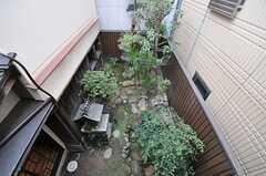 庭が見下ろせます。(201号室) (2014-03-04,専有部,ROOM,2F)