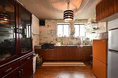 キッチンの様子。(2016-05-07,共用部,KITCHEN,1F)