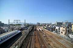 シェアハウス周辺には、絶好の新幹線を拝めるスポットがあります。 ※事業者様提供素材(2011-12-21,共用部,ENVIRONMENT,1F)