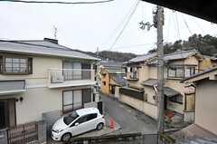 窓からの景色。(203号室)(2013-02-17,専有部,ROOM,2F)