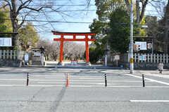 すぐ近くに平野神社があります。(2018-02-14,共用部,ENVIRONMENT,1F)
