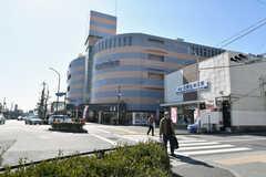 北野白梅町駅前にはスーパーがあります。(2018-02-14,共用部,ENVIRONMENT,1F)