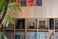 主に建築関係の書籍が置かれています。(2018-01-30,共用部,OTHER,1F)