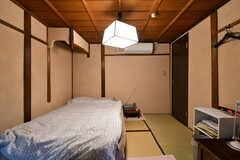 主寝室の様子3。(101号室)(2020-01-27,専有部,ROOM,2F)