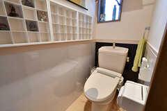 トイレの様子2。(2016-11-10,共用部,KITCHEN,1F)