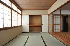 収納の様子。(203号室)(2014-02-06,専有部,ROOM,2F)