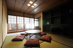 和室のリビングもあり、しっとり落ち着いた雰囲気です。(2011-02-23,共用部,LIVINGROOM,1F)