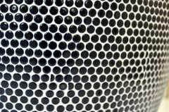 洗面台そのものが手作りで、丸いタイルがかわいい。(2011-02-23,共用部,OTHER,2F)