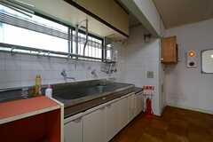 廊下に設置された洗面台。(2015-07-01,共用部,OTHER,2F)