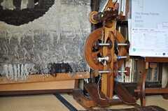 絵になる糸巻き機。現役でしょうか?(2012-03-26,共用部,OTHER,1F)