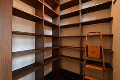 靴箱の様子。各部屋、1列分を使用できます。(2017-08-08,周辺環境,ENTRANCE,1F)